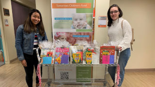 Brianna Wittig and Ashley Morales delivering the packages at Hackensack Hospital